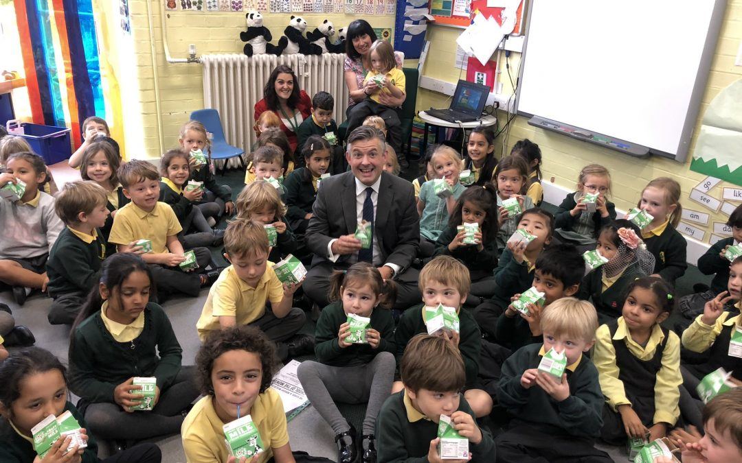 """Wholesome habits and healthier lives"" – Jon Ashworth MP visits local primary school to celebrate World School Milk Day"
